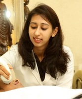 Dr. Meenu Barara - Dermatology, Cosmetology