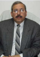 Dr. Tarun Kapur - Ophthalmology