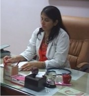 Dr. Neeru Thakral - Obstetrics and Gynaecology